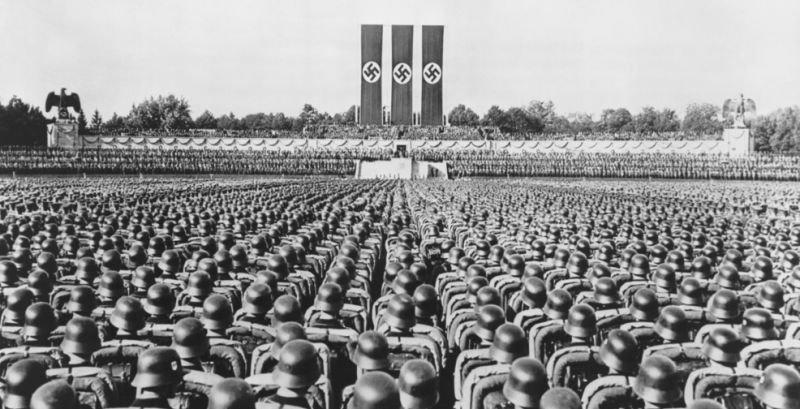 Congreso-Nuremberg-1935-alemania-nazi-hitler
