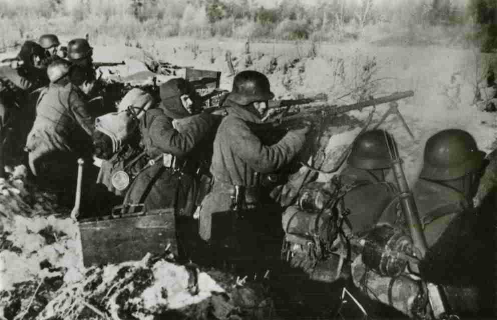 soldados-division-azul-combatiendo-frente-ruso